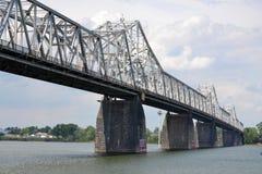 bridge den kentucky louisville andra gatan Fotografering för Bildbyråer
