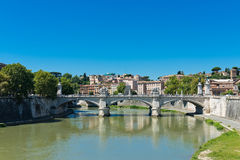 Bridge Il Tevere a Ponte Vittorio Emanuele II in Rome Stock Photos