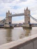 bridge london tower Μια από τις περισσότερες διάσημες γέφυρες Στοκ φωτογραφία με δικαίωμα ελεύθερης χρήσης