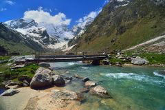 Bridge in mountains Royalty Free Stock Images