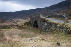 The bridge over Allt Coire Shubh, Northwest scottish highlands Stock Photos