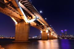 Bridge over the Han RIver Royalty Free Stock Photos
