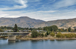Bridge over the Kawarau River and Lake Dunstan in the township of Cromwell, Central Otago, New Zealand.  Stock Photography