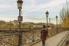 Bridge Pont des Arts over rivierzegen in Parijs Royalty-vrije Stock Foto's