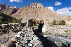 Bridge with prayer flags on Zanskar trek, Ladakh Stock Photography