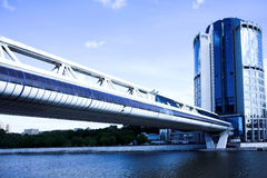 Bridge and skyscraper Royalty Free Stock Image