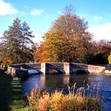 0048Bridge sobre o Wye do rio, Derbyshire. Imagem de Stock