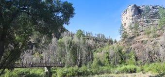 A Bridge to the Gila Cliff Dwellings Royalty Free Stock Photos