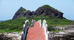 Bridge to the Sansiantai scenic park at Taitung County, Taiwan Royalty Free Stock Photos