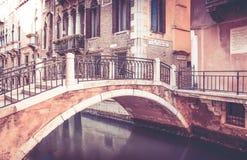 bridge venice Royaltyfri Bild