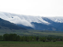 Bridger-Gebirgswolke bedeckt Stockfoto