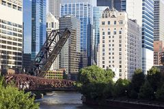 bridges den chicago floden Arkivbilder