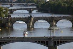 bridges den tjeckiska prague republiken Fotografering för Bildbyråer