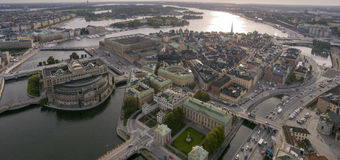 Bridges & Islands. Central Stockholm with the Parliament, the Royal Castle and the Old Town. At least ten bridges are visible: Centralbron, Riddarholmsbron stock photography