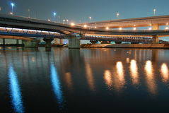 bridges natt fotografering för bildbyråer
