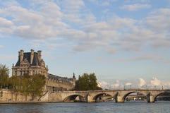 bridges paris Arkivfoton