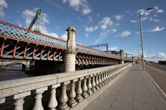 Bridges through the river Clyde in Glasgow Stock Photography