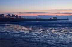 Bridlington南码头在黎明 免版税库存图片