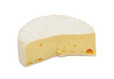 сыр brie изолированный кругом Стоковые Фотографии RF