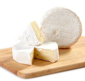 Brie and camembert cheese Royalty Free Stock Photography
