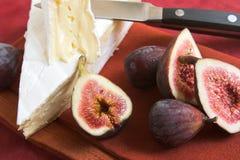 Brie en fig. royalty-vrije stock afbeelding