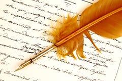 Brief geschrieben von Feather Lizenzfreies Stockbild