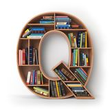 Brief Q geïsoleerd alfabet in de vorm van planken met boeken Royalty-vrije Stock Afbeeldingen