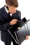 briefcase empty executive his looking Στοκ φωτογραφία με δικαίωμα ελεύθερης χρήσης