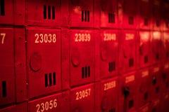 Briefkästen am Eingang von Wohngebäuden stockfoto