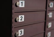 Briefkästen mit Zahlen Lizenzfreies Stockbild