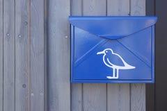 Briefkasten mit einem Bild einer Seemöwe Lizenzfreie Stockfotografie