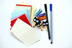 Briefpapier getrennt auf weißem Hintergrund Lizenzfreie Stockfotos