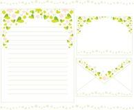 Briefpapier mit Blumen Stockbilder