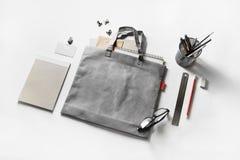 Briefpapier und Tasche Stockbild