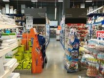 Briefpapiervielzahl an Selgros-Grossmarkt Lizenzfreie Stockfotos