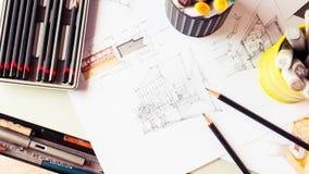 Briefpapierwerkzeugelement und Skizzieren von Innen-desig Lizenzfreie Stockfotos