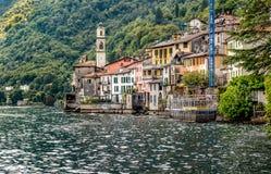 Brienno jest małym antycznym wioską na brzeg Jeziorny Como, Włochy Obrazy Royalty Free