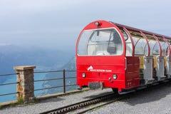 Brienz-Rothorn-järnväg och sjö Brienz - Schweiz Arkivbild