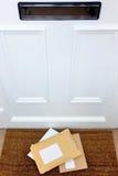 Brieven op de deurmat Royalty-vrije Stock Foto