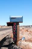 Brievenbus in de woestijn Royalty-vrije Stock Afbeeldingen