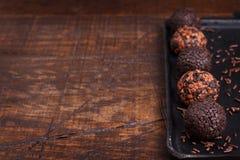 Brigadeiro brésilien de bonbon de truffe de chocolat Images libres de droits