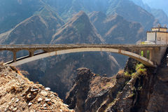 Brigde in central part of  Tiger Leaping Gorge in Yunnan, Southern China Royalty Free Stock Photo