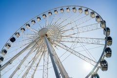 BRIGGHTON, SUSSEX/UK DO LESTE - 1º DE NOVEMBRO: Ferris Wheel em Brigghton Foto de Stock Royalty Free