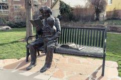 Brigham Young und seine Kinderstatue, am mormonischen Pionierdenkmal, D lizenzfreie stockfotos
