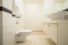 Bright bathroom in a modern apartment Royalty Free Stock Photography