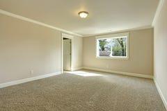 Bright empty bedroom Royalty Free Stock Photography