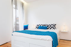 Bright and Fresh Bedroom Royalty Free Stock Images