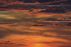 bright red sky with clouds Royalty Free Stock Photography