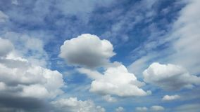 Bright sky. Sky in blue and cloudy Royalty Free Stock Photo