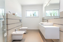 Bright space - white bathroom Stock Photography
